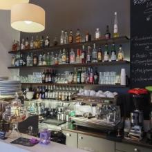 Roseli Café & Bar